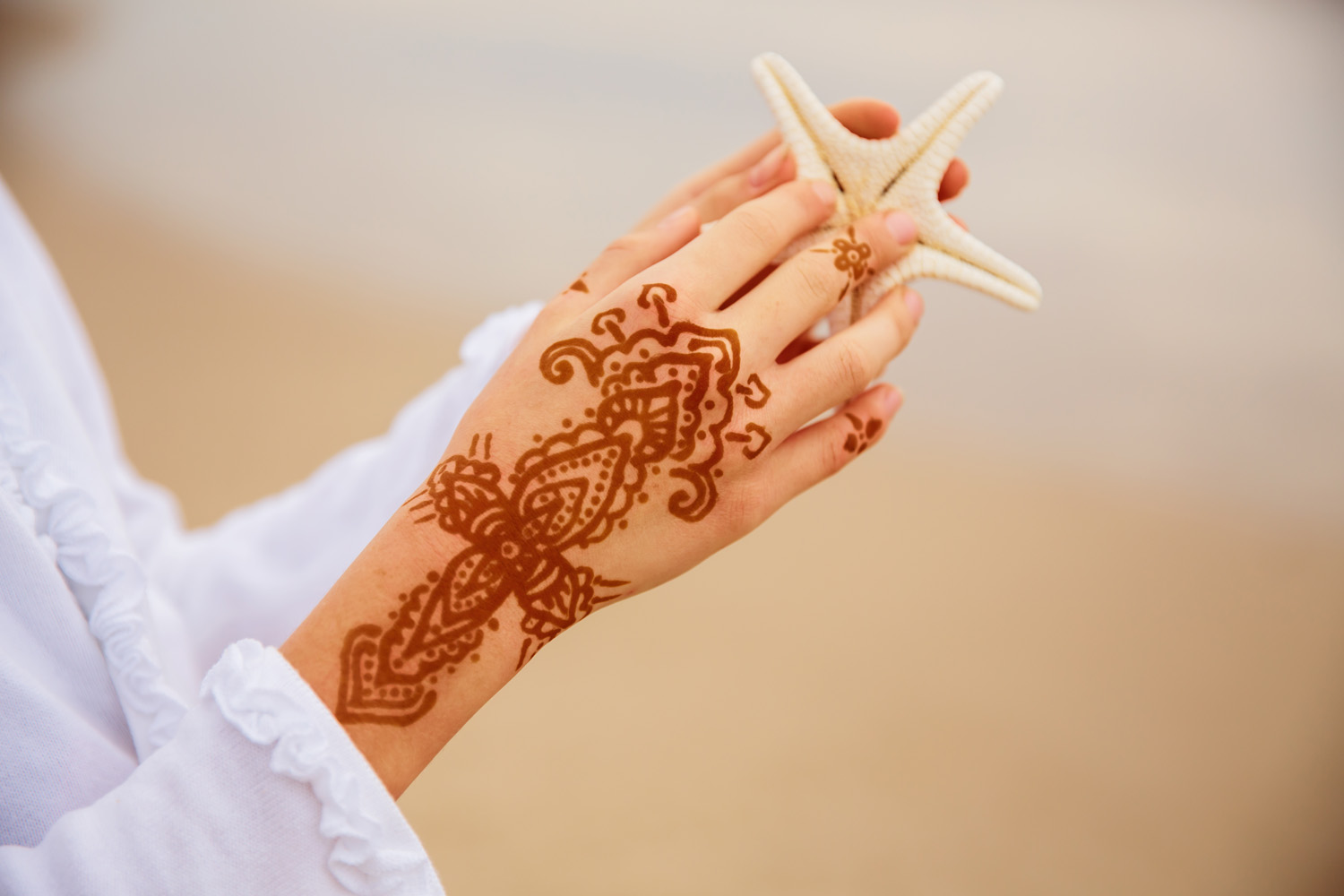 Byron Bay Henna Tattooing