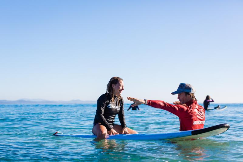 Learn to surf in Byron Bay with Mojo
